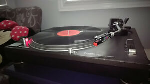 TECHNICS 1200MK2 TURNTABLE - RECORD PLAYER FOR FOR SALE