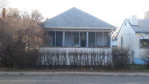 3 BEDROOM HOUSE , 11237-86 ST ,  $1350.
