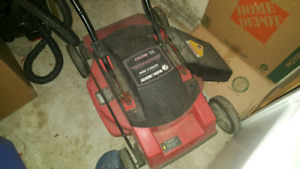 BLACK AND DECKER ELECTROC LAWNMOWER FOR SALE! WORKS GREAT!