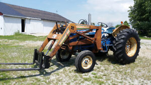 1968 FORD 5000 gas Tractor