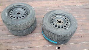 Used 195/65R15 Tires GoodYear and Sailun Tire for Sale