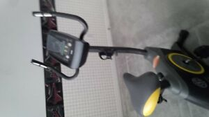 Cycle Trainer 390C