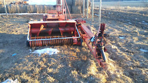 865 Gehl harvester for sale