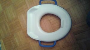 potty seat that sits on toilet