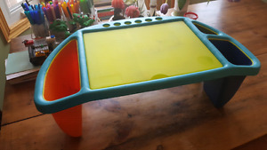 Kids' portable lap desk