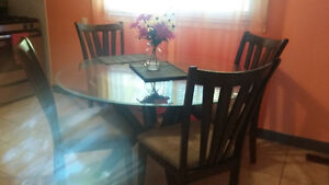 dining table & chairs Kitchener / Waterloo Kitchener Area image 3