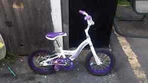 Vélo fille