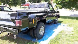 1976 GMC C/K 3500 Pickup Truck