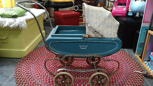 Beautiful Original 1950s Gendron Child's Doll Carriage!