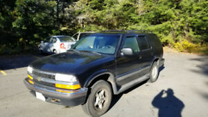 1999 CHEVY BLAZER 4X4 - GREAT CONDITION