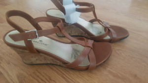 Brand new never worn size 8.5 wedges