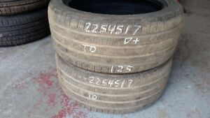 Pair of 2 Pirelli Cinturato P7 AS 225/45R17 tires (55% tread lif