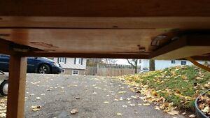 Solid table with pop-up leaf Oakville / Halton Region Toronto (GTA) image 3