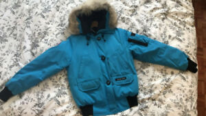 Canadian goose jacket - blue bomber size small