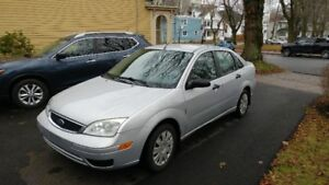 2005 Ford Focus Sedan