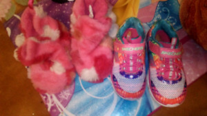Slippers & shoes size 6