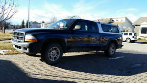 Dodge Dakota Pickup Truck 2WD 5 Spd