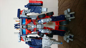 Transformers, Optimus prime and bumblebee