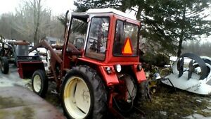 Belarus250 Tractor with Cab&Heat, Loader. runs well $3999.