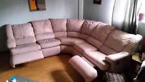 Sectional couch Windsor Region Ontario image 2
