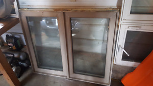 2 windows for sale
