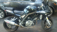 SV 650 - 2006 - great shape - Lots of extras