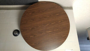 5ft Round Tables $20 each
