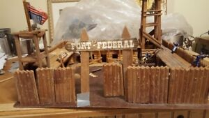 Fort Federal - Wooden Toy Fort - Vintage