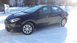 15 Corolla - 6 speed manual - 4door - A/C - ONLY 34,000KMS