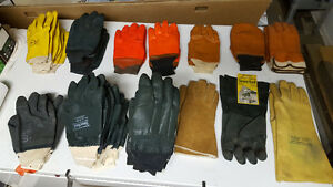 25 pair of Nitrile heavy duty rubber gloves
