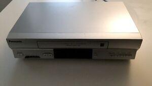 MAGNETOSCOPE VHS PANASONIC