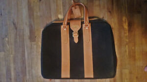 Bric's Vintage Style Leather Suitcase / Luggage bag / Carry-on