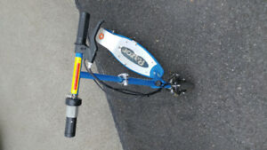 Trottinette electrique scooter Razor E100