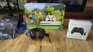 XBox one Mine Craft 500 G B. Plus Xtra controler- headset