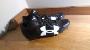 Soulier Crampons Under Armour