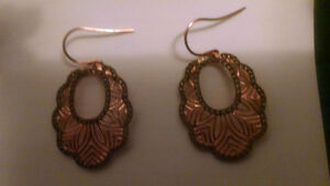 ROSE GOLDEN EARINGS