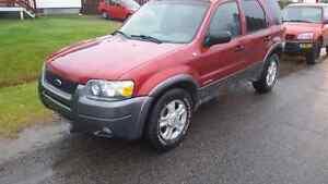 Ford escape 2004 4x4