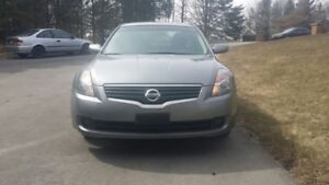 2007 NISSIAN ALTIMA -Only 107,000 kms
