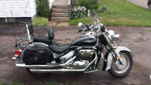 2005 Suzuki Boulevard C50 Must Sell (Financing available)