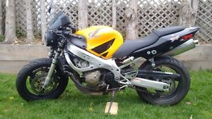 certified 600 CBR Fmodel, cheap on insurance