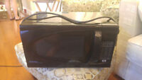 microwave -Danby good condition