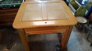 SOLID WOOD AND TILES COFFEE TABLE OR ACCENT TABLE West Island Greater Montréal image 1