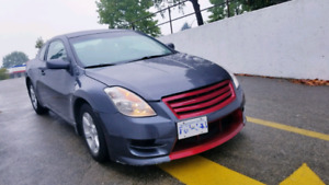 Nissan altima coupe low kms-$6800