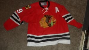 AUTOGRAPHED BOBBY HULL JERSEY WITH COA