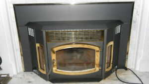 BRECKWELL PELLET-BURNING FIREPLACE INSERT