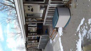 2 winterize lakefront cottages on one property in port Bruce London Ontario image 4