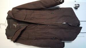 TNA community coat in khaki green xxs