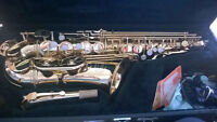 Jupiter Alto Saxophone, Mint Condition with Hard Case, Supplies