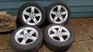 Audi mags avec pneus d'hiver 215/55R16 - 9/32