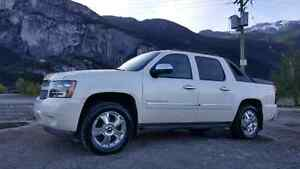 Chevrolet Avalanche LTZ PRICED TO SELL